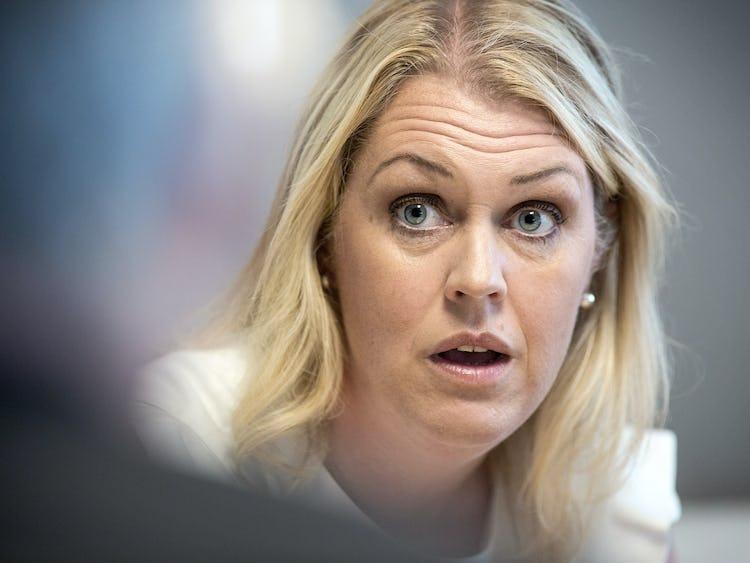 Lena Hallengren (S).