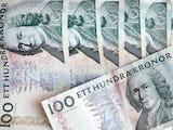 En samling hundrakronors-sedlar