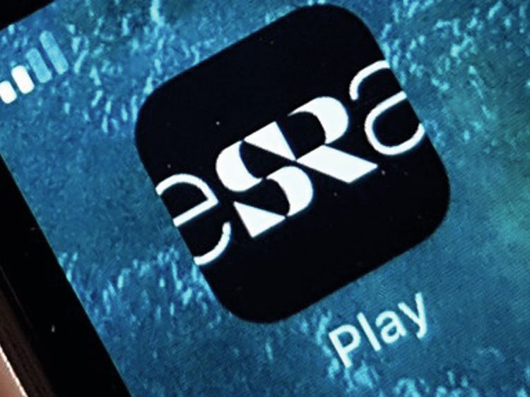 SR-Plays logotyp