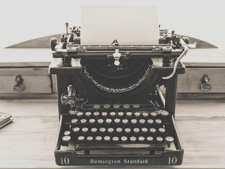 En gammal skrivmaskin